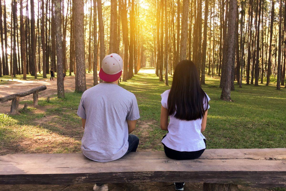 Kto powinien pomyśleć o randkach online?